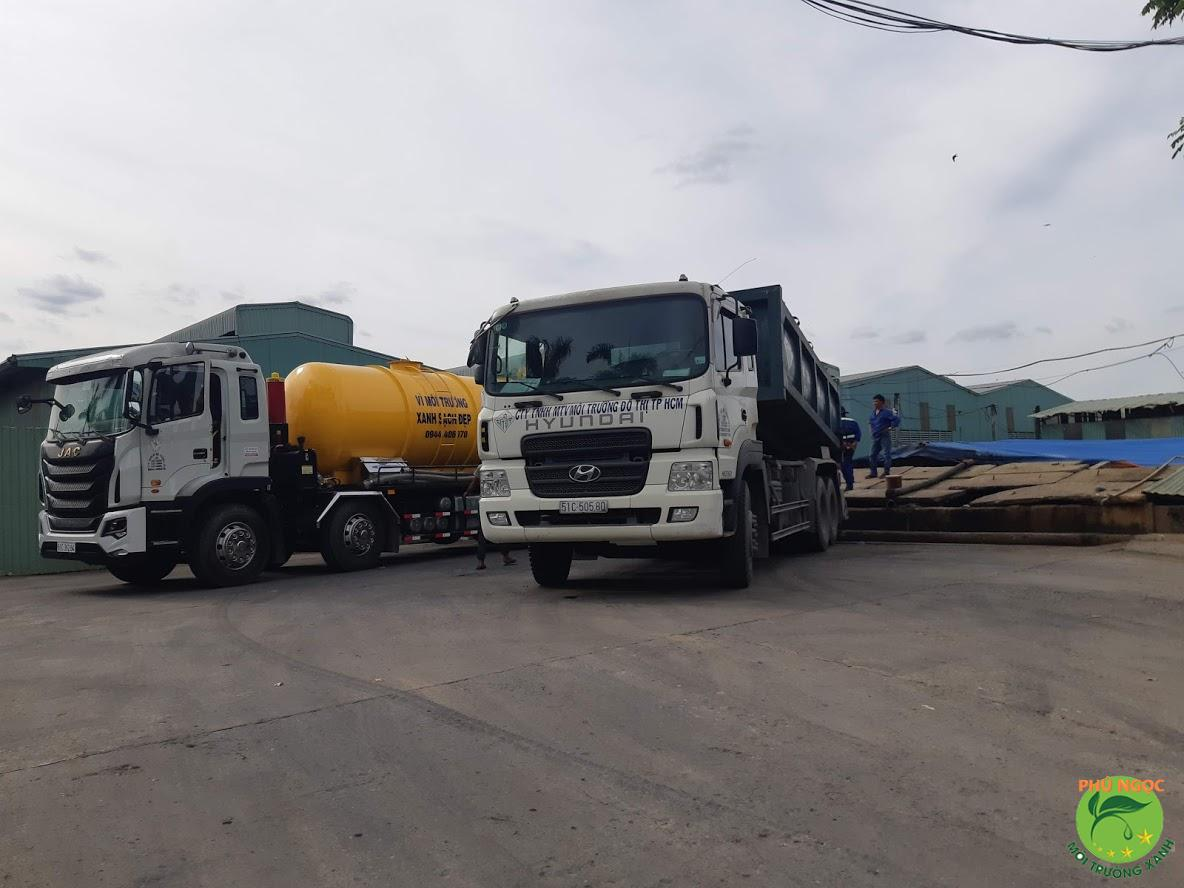 Hút hầm cầu Sài Gòn Phú Ngọc