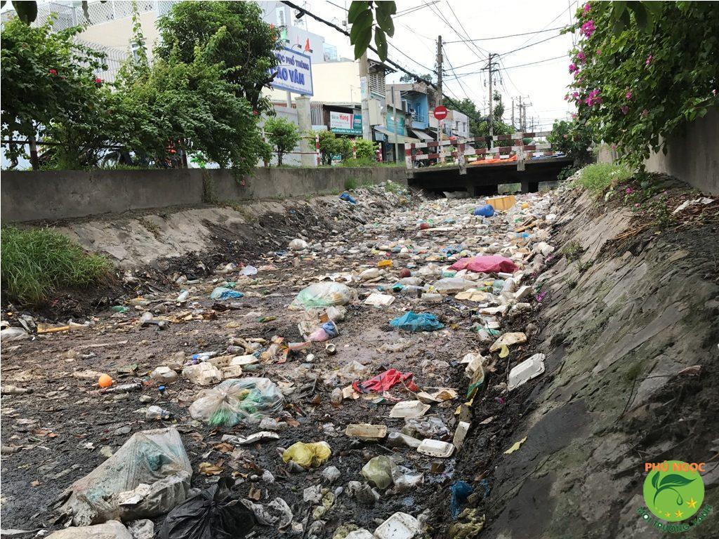 Rác thải là nguyên nhân gây ô nhiễm môi trường số 1 tại Tp. HCM