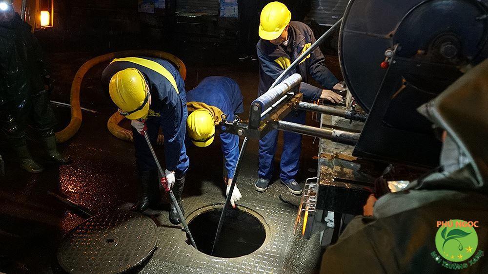 Công ty hút hầm cầu Phú Ngọc - vượt lên sự đòi hỏi khắt khe của từng nhà.