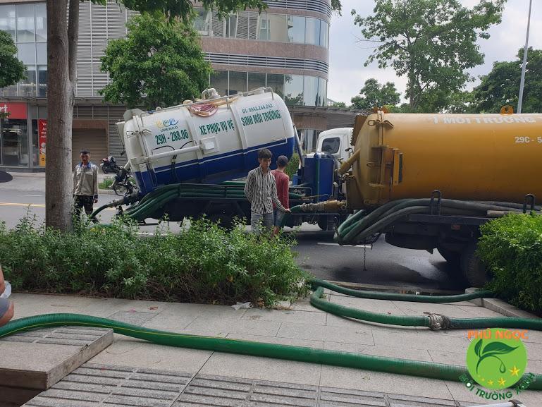 Thuê xe hút chất thải giá rẻ tại Phú Ngọc