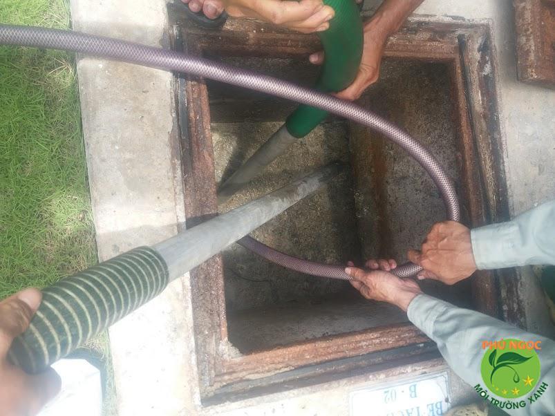 Những lợi ích khi sử dụng dịch vụ hút hầm cầu của công ty Phú Ngọc