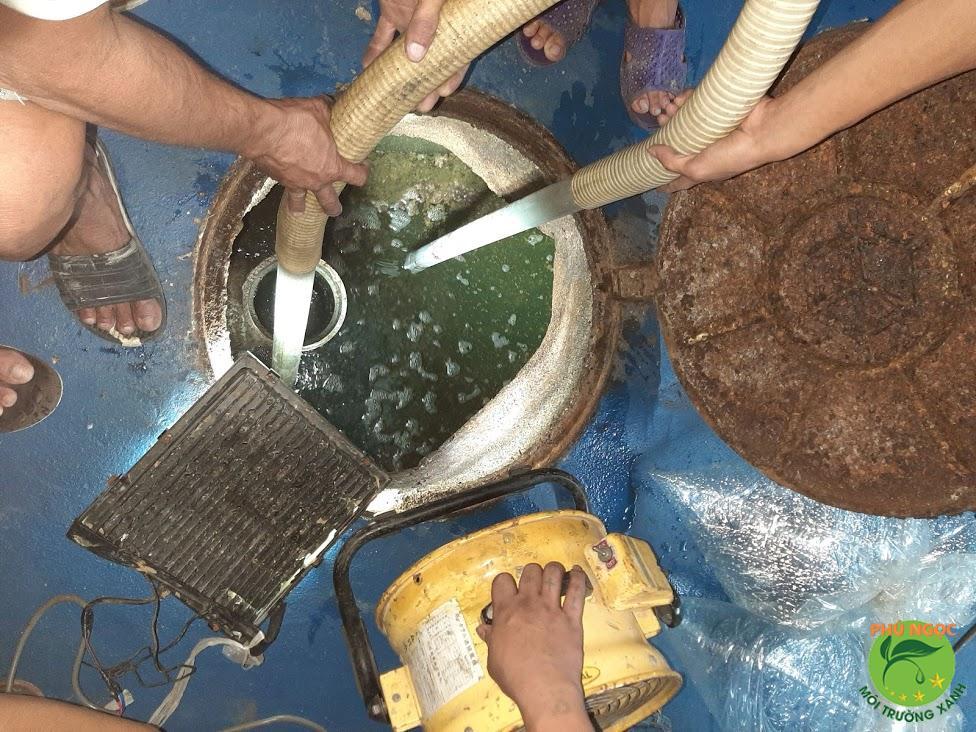 Tại sao nên chọn dịch vụ hút hầm cầu Trà Vinh của Phú Ngọc