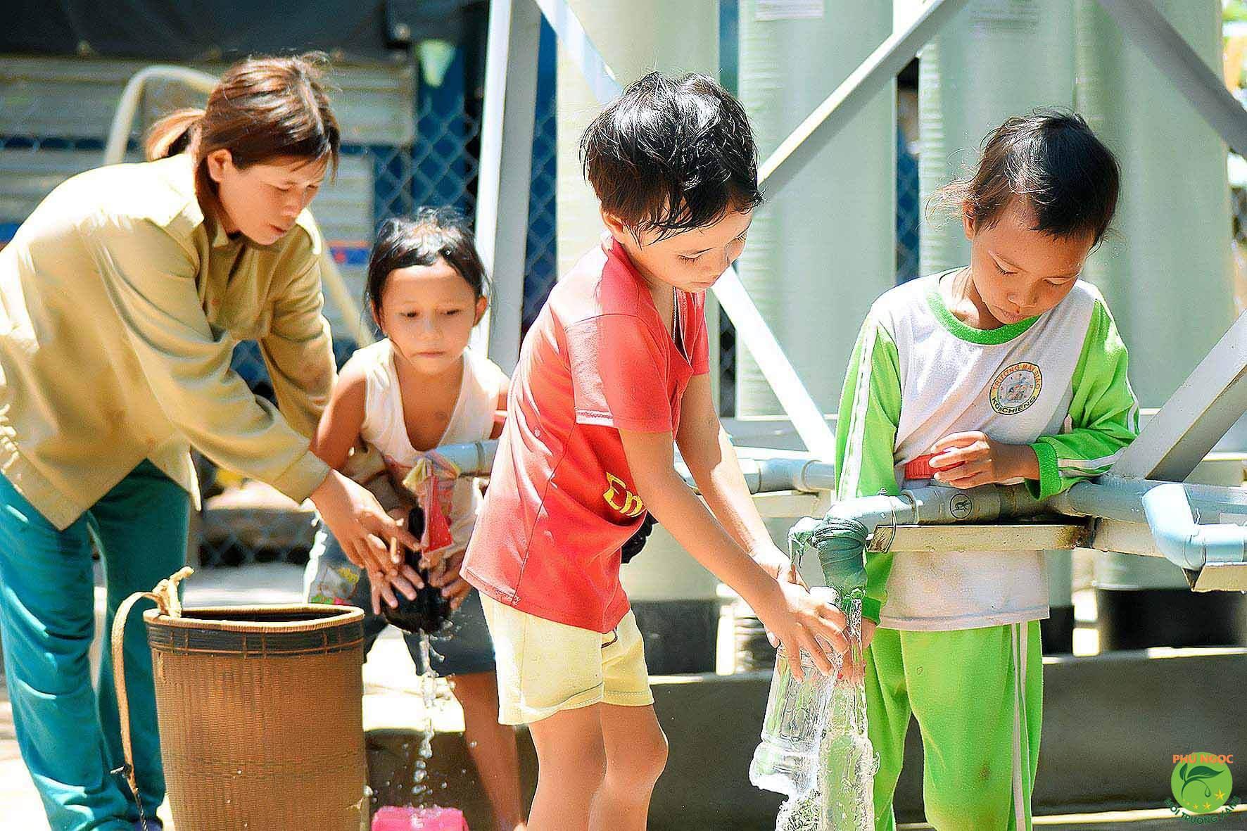 Giá nước sinh hoạt được tính theo quy định chuẩn