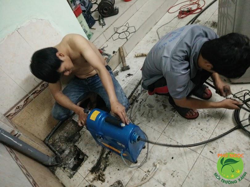 Công ty Phú Ngọc với dịch vụ hút hầm cầu chất lượng, uy tín