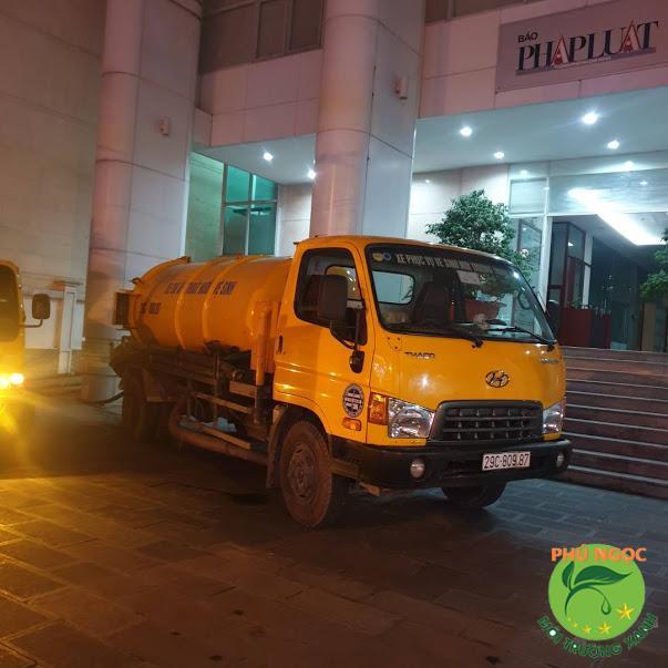 Dịch vụ thông nghẹt bồn cầu hiệu quả của công ty Phú Ngọc