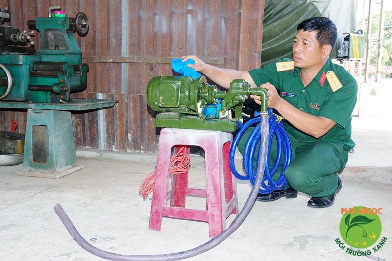 Kiểm tra, vệ sinh buồng bơm, ống dẫn
